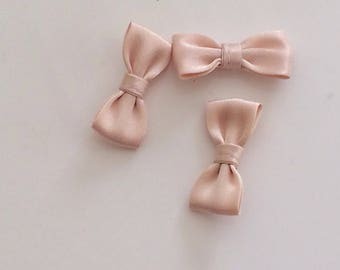 Small bow tie 30 mm flesh color