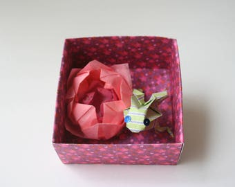 Water lily and Green Frog No. origami box 5