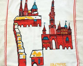 Shawl with The Kremlin of Sergiev Posad image. Zagorsk cotton wrap. Vintage scarf