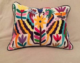 Otomi decorative pillow