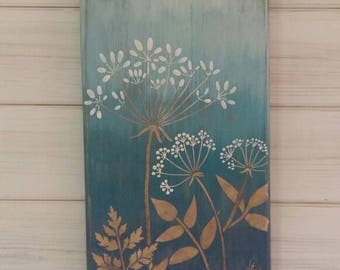 3D wild flowers on wooden plaque, shades of blue, nature picture