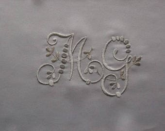 Embroidered monograms Ref. 1793