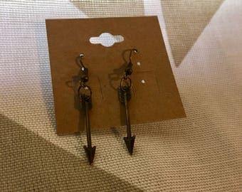 ARROW EARRINGS//Dangle Earrings//Antique Bronze Earrings//Hunting Jewelry