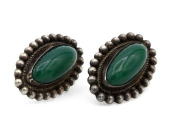 Pebbled Oval Earrings, Green Onyx Cabochon, Antique 40s Jewelry, Classic Pierced Earrings, Frida Kahlo Studs, Aztec Ethnic Sterling Jewelry