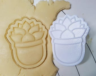 Succulent Monroe Cookie Cutter and Stamp