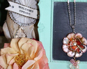 Pink Metal Flower Pendant Necklace with Butterfly