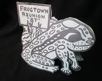 Frogtown Reunion 87 Advertising Frog Paper Cut Out 2 Sides Same Stands Upright Vintage