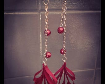 Ribbon and Burgundy pearls earrings