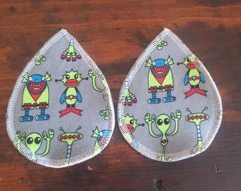 Aliens teardrop breast pads