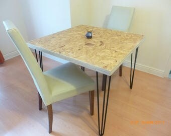 Medium size oriented strand board table