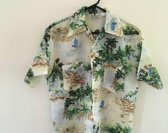 Men's Vintage Hawaiian Shirt by Waikiki Holiday/ Vintage Medium Hawaiian Shirt Size Medium/ Vintage Aloha Shirt/ Vintage Men's Shirt/ Hawaii
