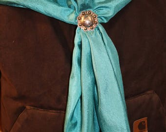 Wild Rags, silk scarves, western clothing, cowboy clothing, outdoor clothing