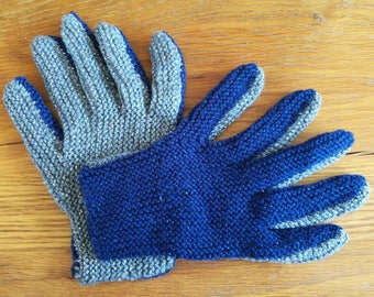 Navy Blue and Silver Full Fingered Winter Woolly Gloves