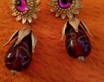 Gorgeous Robert Rose Earrings
