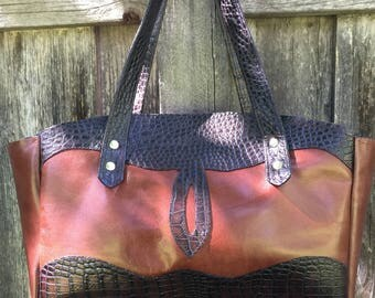 "Genuine leather handbag* leather handbag* leather purse* ""Chloe"""