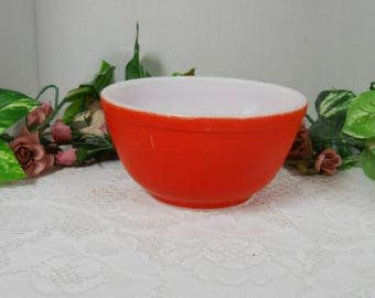 Vintage Red Pyrex Mixing Bowl....Well Loved