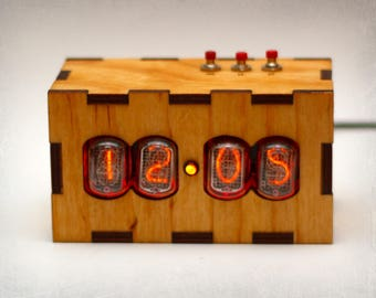 IN-12 Nixie Tube Clock - Nixie Clock with adapter and wood enclosure