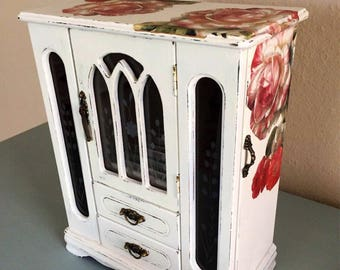 Jewelry Box,Large,Shabby Chic,Rose Decoupaged,Hand painted,Wooden,Distressed,rustic,vintage Jewelry box, White Jewelry box,