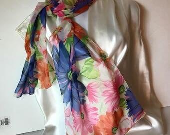 Stunning long flowered scarf