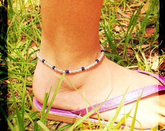 White and blue glass and cats eye beaded anklet