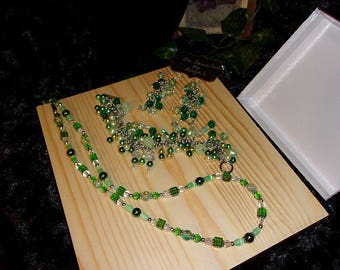 Lucky Shamrock Jewelry Set, Women's Jewelry Set, Gift Set, Beaded Necklace, Bracelet and Earrings, Green, Handmade