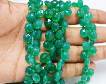 AAA quality Natural Green Onyx Heart shape Briolettes(finest quality)/ 7.0-10.0 mm / 4 inch