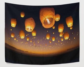 Love Wish Lanterns Tapestry Wall Hanging River Night Sky Landscape Wall Decor Art for Living Room Bedroom Dorm