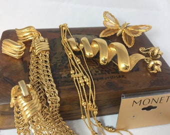Delightful Vintage Collection of Monet Jewellery, comes in scented Sandalwood Box from 1920s.