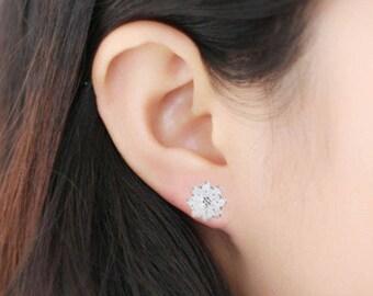Fashion Cute Women Plated Silver Lotus Flower Ear Studs Earrings Jewelry