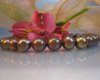 Slightly baroque freshwater pearls with Core, mod. 2
