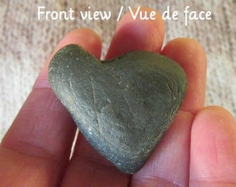 Genuine Heart Shaped Pebble - Unique Gift - Gift for couple - Valentine's day - Size: 5 x 6 cm