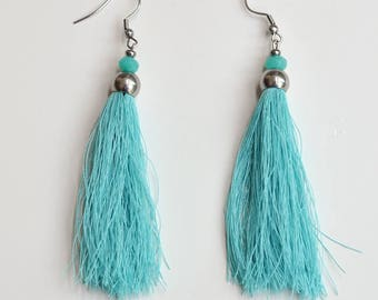 Earrings made of silk with aquamarine