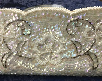 Vintage Le Regale Glass Beaded Sequined White Bridal Clutch Purse Evening Bag