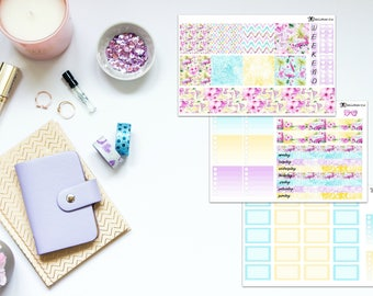"""The """"Surf's up"""" Kit for the Mini Happy Planner"""