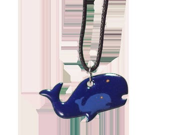 Whale pendant mother
