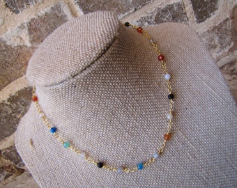 multi colored chain choker with a clasp