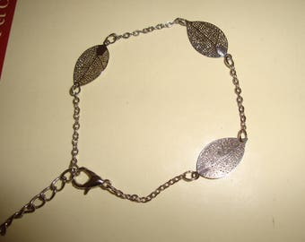 chain and leaf silver very thin bracelet