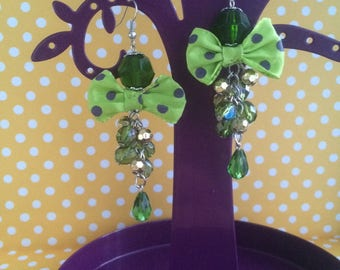 """""""Ladies"""" earrings with pearls and bow"""