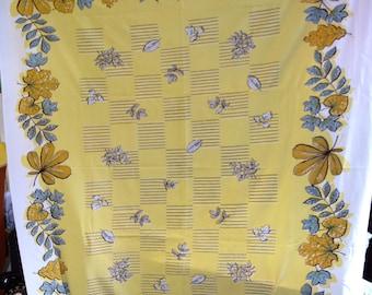 Vintage Tablecloth Leaf Motif