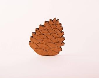 Pinecone ocher color Pearl brooch