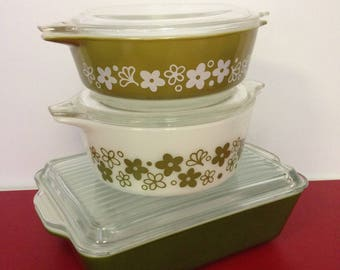 Pyrex Dishes, Spring Blossom Green
