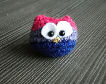 Bisexuowl - tiny crochet owl in bisexual pride colours