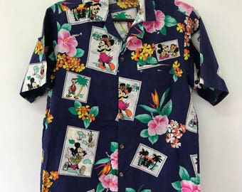 FREE SHIPPING!!! Vintage 90's Minnie Mouse Shirt Small Size