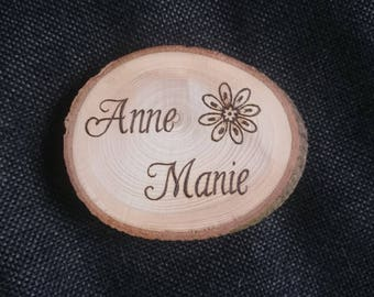 Personalized wooden discs, pyrography