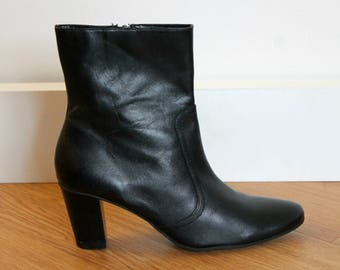 Vintage Black Leather Above Ankle Boot US 9 Eur 40