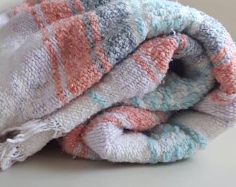 Gorgeous Vintage Mexican Beach Blanket, Boho Decor, Mexican Picnic Blanket