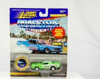 Johnny Lightning Dragsters USA Limited Edition '71 Hawaiian 1/64 Diecast