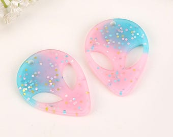 20pcs Alien Charms, Resin charms, Resin pendants, Resin jewelry, alien pendant, alien jewelry, UFO charm, alien jewelry supplies