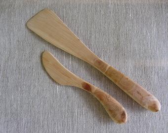Juniper wood utensils set. Set of knife and spatula. 2 piece kitchen set made of juniper