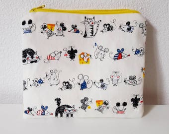 Makeup case cats and mice for makeup or odds and ends of bag, a kit full of humor with his pranksters characters!